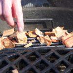Dřevo na uzení